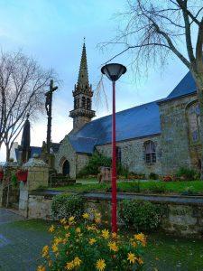 Eglise Saint Pierre de Briec en pays Glazik