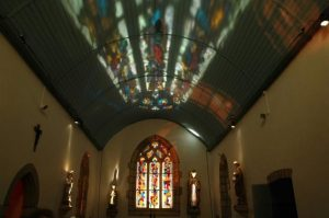 Intérieur de la chapelle Saint Symphorien à Edern