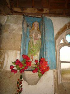 Statue bois polychrome de la chapelle Notre Dame du Hellen à Edern