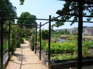 jardin prieuré Locmaria Quimper