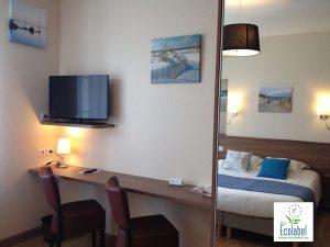 hotel-du-port-rhu-dnz-chambre-2